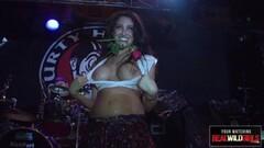 Naughty Jill Kassidy Convinces Friend She Wants Lesbian Sex Thumb