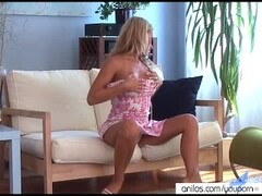 Tight Blonde Mom at Home Flaunting Her Ass Thumb