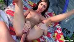 Babe Whitney Stevens wanks this hard cock Thumb