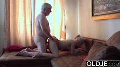 Teen babe fucked by old dude Thumb