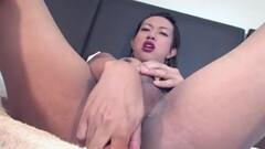 Sexy Amber catfighting Sarah Ceylon! Thumb