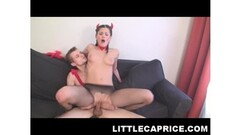 Sexy masseuse munching pussy with client Thumb