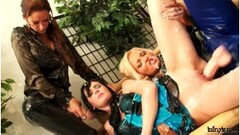 Goth Chloe gets analed and squirts Thumb