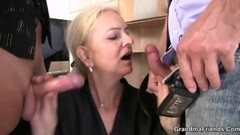 Young stud pounds cougar housewife Thumb