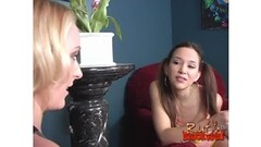 Blonde MILF gangbanged at home Thumb