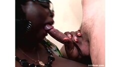 Fat black girl Ivy Black blow and tit job Thumb