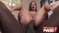 Blacked Pornstar Vixen Amber Rain Thumb
