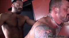 Sexy Muscular Studs Raw Breed And Sucks Cocks Thumb