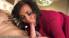 Hot Foxy GILF Lusts Over Stud's Quivering Cock Thumb