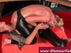 Hot glam lesbo 69 session Thumb