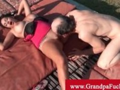 Jamie valentine orally pleasured by old man Thumb