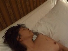 Horny japanese milf kui somya toying her favorite toy Thumb