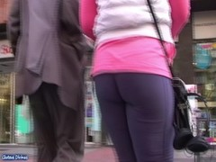 Spanish candid asses from GLUTEUS DIVINUS Thumb
