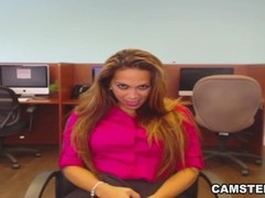 Latina alone and horny at work wants to squirt Thumb