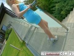 Allinternal blonde Lola Taylor takes a big cumshot Thumb