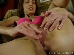 Super supple sexy old spunker fucks her soaking wet pussy Thumb