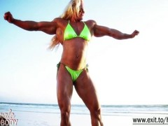 Amazing Muscle Babe showing off outdoors Thumb