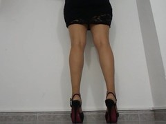 calf muscle contraction in high heels Thumb