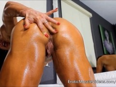 EroticMuscleVideos Oiling Sensual Female Muscles Thumb