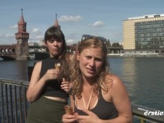 US Tourist Girls having fun and filming themselves in Germany! Thumb