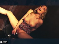 BANG Confessions - Cheating Wife Ariella Ferrara fucks the pool guy Thumb
