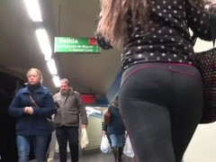 Spanish ASS YOGA PANTS Thumb