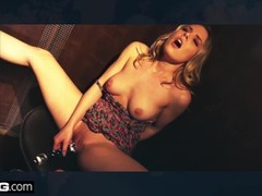BANG Confessions - Averie Moore is the new slut in the neighborhood Thumb