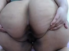 BBW FARTS SPREADING ASS Thumb
