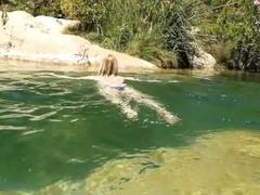 Quick Risky Public Sex in the River Thumb