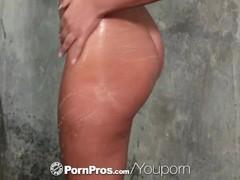 PORNPROS Slippery pussy RUB DOWN massage Thumb