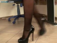 Blonde Secretary in pantyhose puts you under her desk Thumb