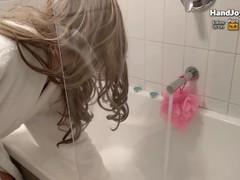 HandJoy * Goddess Hira, Footjob to 2 dildos at the same time in the bathtub Thumb