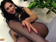 Mistress Alexya footjob in black pantyhose Thumb