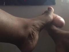 black Beautiful toes do footjob Thumb