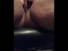BBW masturbates hairy pussy with magic wand ( first experience) Thumb