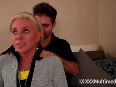 Payton Nicky seduce her tennis teacher into a massage Thumb