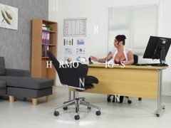 Voluptuous boss Harmony Reigns can't get enough of employee's big fat cock.mp4 Thumb