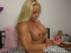 Naked Female Bodybuilder Blonde Big Tits Thumb