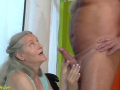 92 years old granny doing deepthroat Thumb
