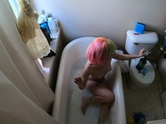 Rainbow Brite takes a bath Thumb