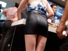 MINI FALDA DE CUERO.mp4 LEATHER MINI SKIRT SEXY Thumb