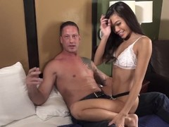 Vina Sky invites Vic Hammer for morning sex threeway with bf Tony Rubino Thumb