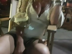 Crazy girl masturbate and pee on public street-Public exhibitionist Thumb