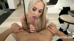 Health maniac Angie Lynx needs her daily sex in the right time Thumb