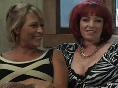 KYLIE IRELAND & DEBI DIAMOND - LESBIANS STRAPONS AND DILDOS. ANAL FISTING Thumb