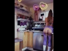 coffeequeenpdx - bikini barista Thumb
