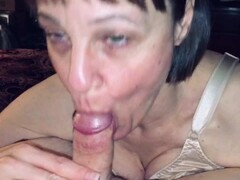 Mature Wifey love's sucking dick & swallowing cum Thumb