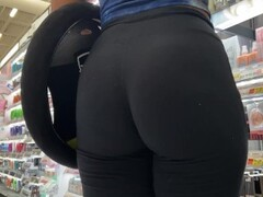 Black Leggins make my day better | Candid 4k Thumb