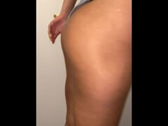 Cheating bubble butt latina fucks her BF's bestfriend Thumb